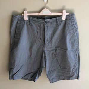 💜 Old Navy Light Gray Men's Shorts sz 40